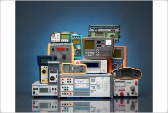 带工作负载的 5322A 电学测试仪校准器