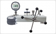 Digital Pressure Calibrators